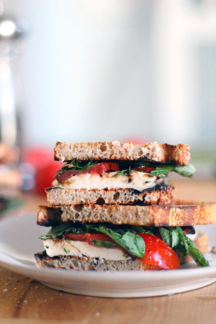 15. Tomato, Basil, and Mozzarella Sandwiches #Greatist http://greatist.com/health/healthy-single-serving-meals
