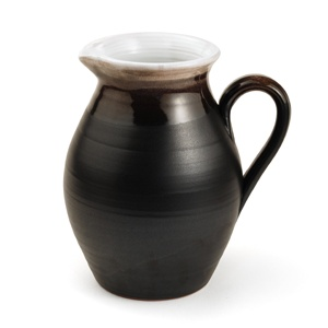 Stephen Pearce Pottery, Ireland The really lovely lines of this pitcher disguise it's utilitarian purpose. I love the heft of it as well.