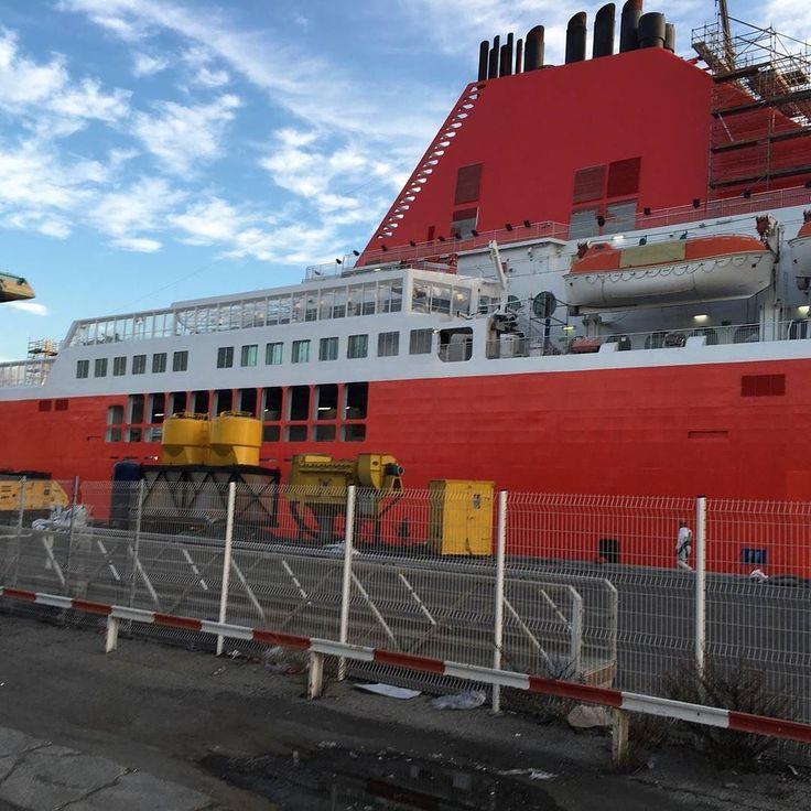#CorsicaLinea le rouge pour rompre avec le passé #SNCM. Discontinuité et nouvelle politique commerciale @CorsicaMaritima