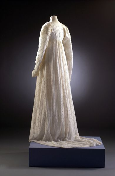 Image: Long white dress with slight train (picture: Mandy Reynolds) - museum of costume, Bath