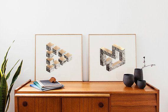 2 laminas formas bidimensionales. B&W rocas y liquens  acabado textura estamping oro