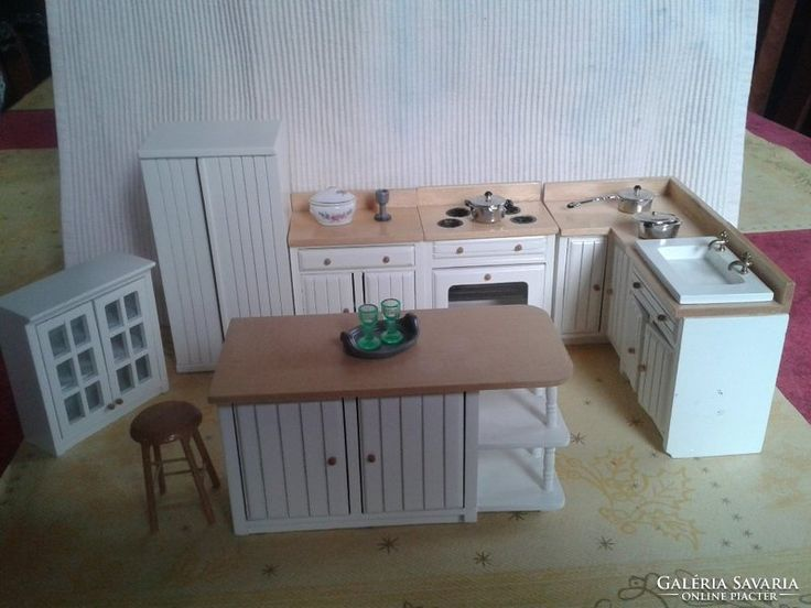 Játék konyhai baba bútor