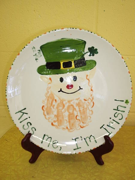 leprechaun hand print St. Patricku0027s Day ccsa photo share & 88 best Holiday Handprints images on Pinterest | Christmas crafts ...