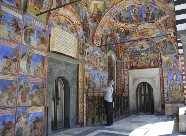 The domed porch surrounding the church is painted with intensely colorful frescoes, which have been recently cleaned and restored and really glow.: 117Km South, Favorite Places, Favorti Places, Colorful, Mountain 117Km, Decor Paintings, Domes Porches, Colors Fresco, Sofia Bulgaria