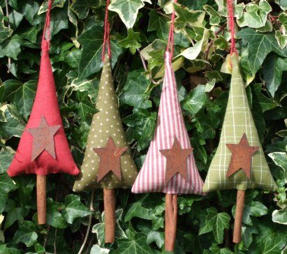 cinnamon stick christmas ornaments | American country store in the UK with handcrafted Christmas ornaments ...