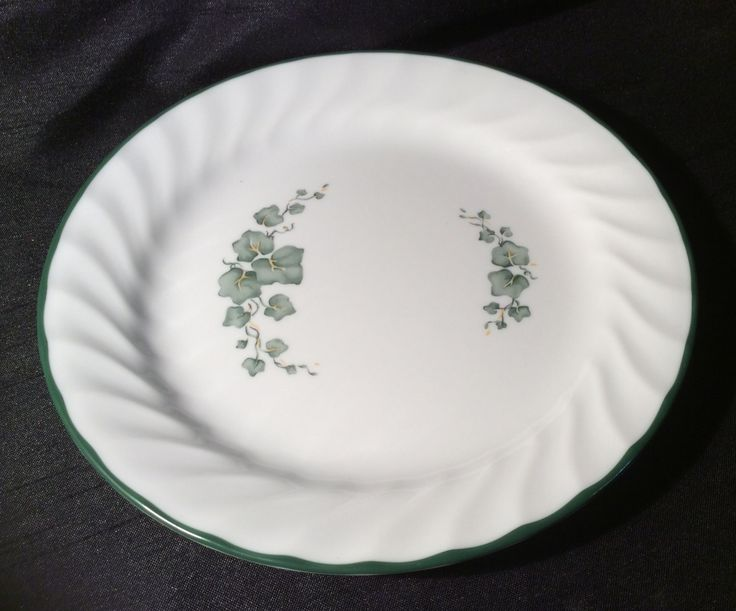 Corelle CALLAWAY IVY Lot of 2 Salad Plates Ivy on White back ground Dinnerware Near MINT Condition by libertyhallgirl on Etsy $9.99 Lot of 2