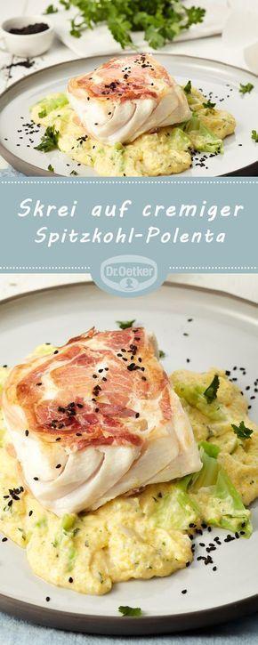 Skrei auf cremiger Spitzkohl-Polenta: Winterkabeljau (Skrei) auf cremiger Polenta mit Spitzkohl
