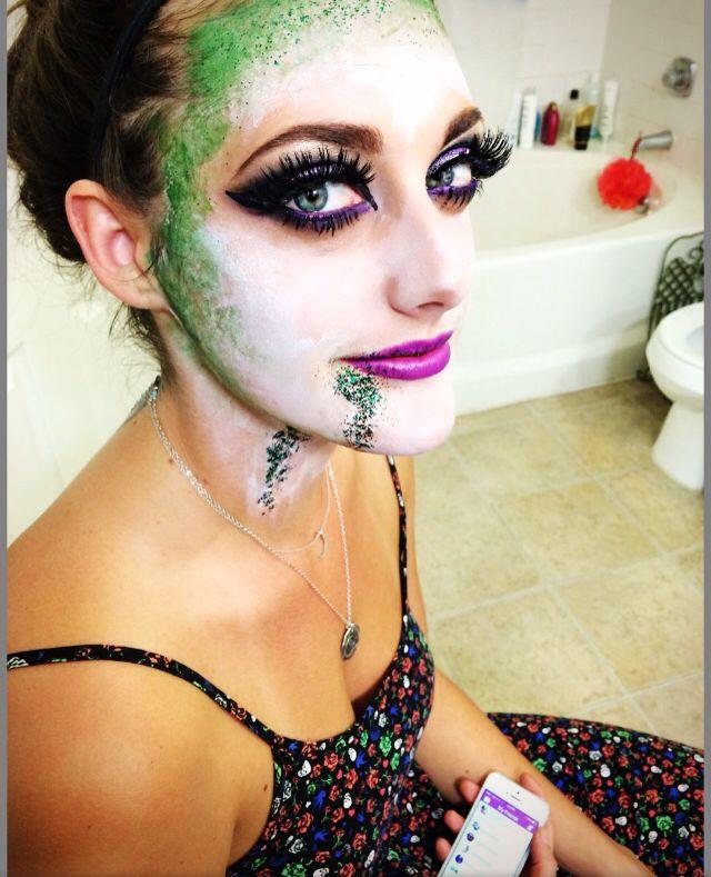 Quick beetlejuice makeup #beetlejuice #halloweenmakeup #halloween