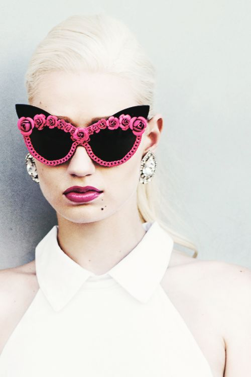 Iggy Azalea, hunny, these sunglasses would be fun to make for the girls.