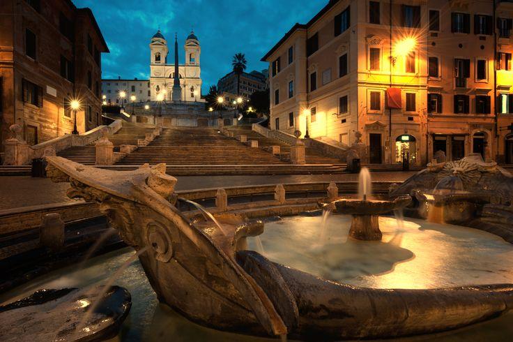 Italy, Rome, Piazza di Spagna.