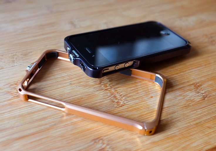 Esoterism EMBRACE Aluminum iPhone Bumper Case .. sooo nice!