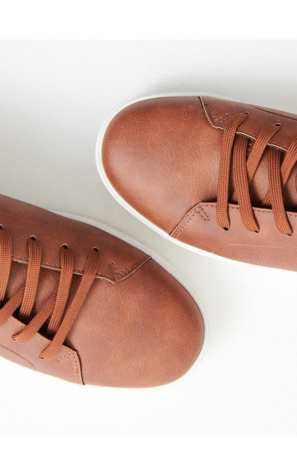 Kupuj Online Buty W Sportowym Stylu Reserved Ux011 82x Dress Shoes Men Trekking Shoes Oxford Shoes