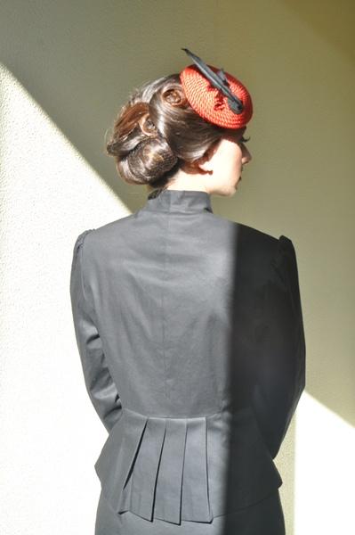 40er-Jahre-Jacke mit Faltenschößchen im Rücken - Damenjacken von Atelier-Berlin - Blazer - Jacken & Überwürfe - DaWanda