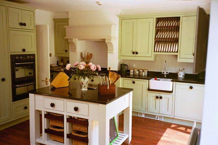 Country Kitchen by Robert Mills Designs