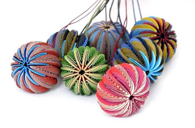 Paper decorations Nel Linssen - made from plastic coated paper