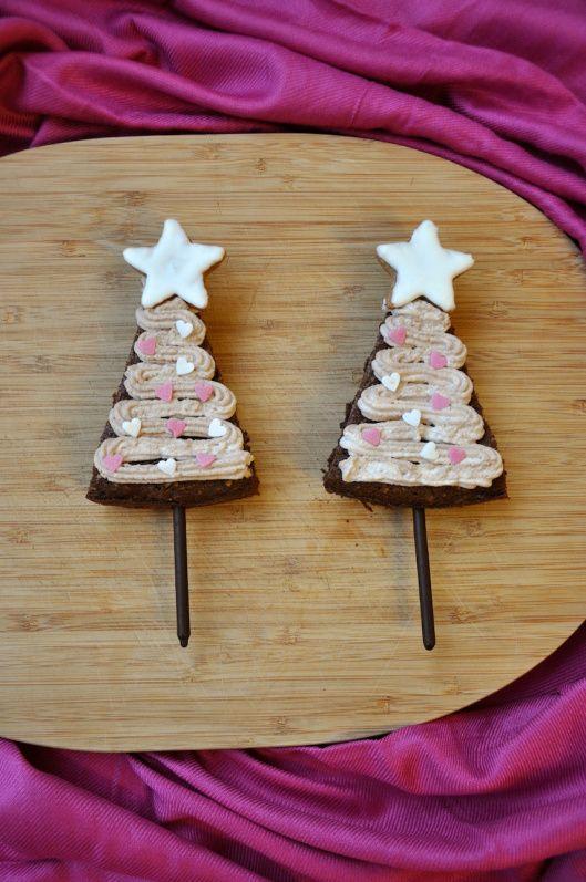 Weihnachtsbaum-Borwnies {Brownies en forma de árbol de navidad}