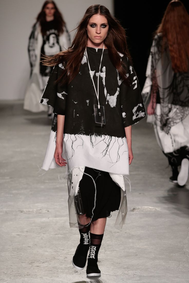 Louise Alsop graduated from the BA(Hons) Fashion Design course at the University of Westminster in 2013
