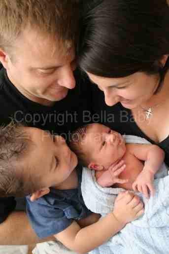 New baby family photo