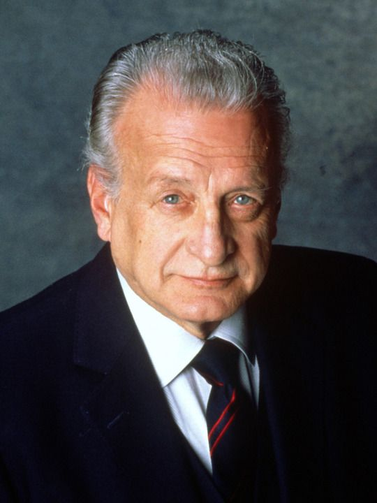 George C. Scott (10/18/27 - 9/22/99) American stage and film actor, director and producer. He was best known for his stage work, as well as his portrayal of General George S. Patton in the film Patton.