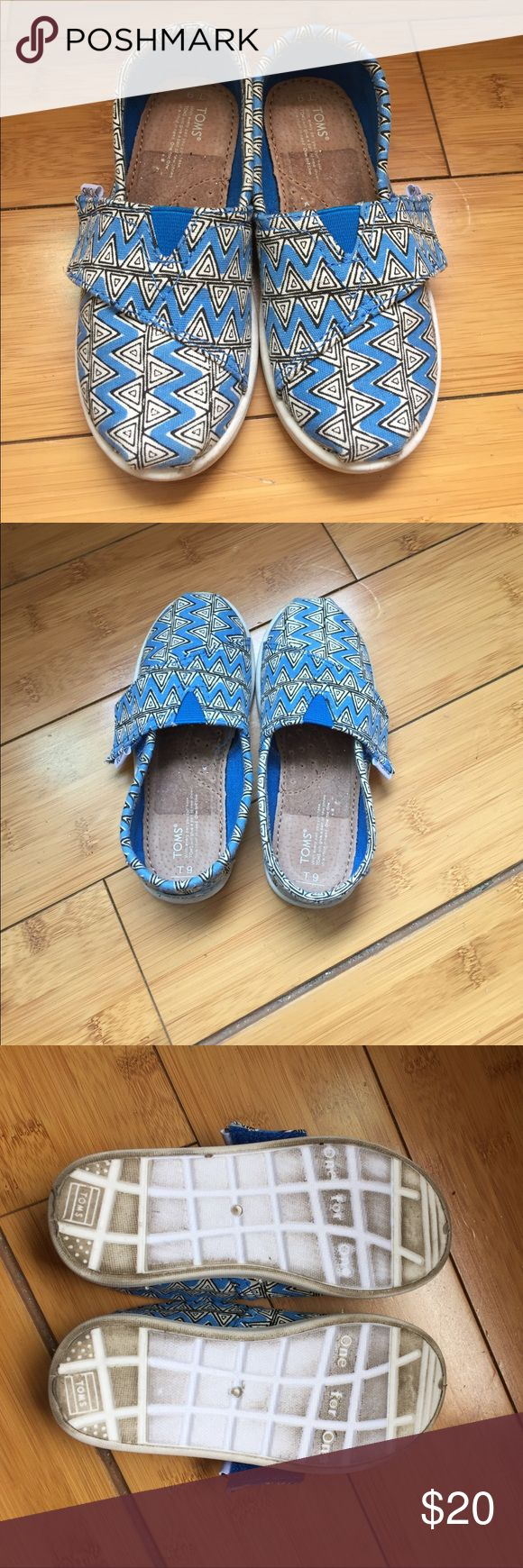 Blue and white Kids TOMS - 9 - worn once Blue and white Kids TOMS. Size 9 Worn once! He didn't want to get them dirty 💙😂 TOMS Shoes Sneakers