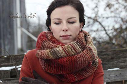 """Pañuelos y bufandas hechas a mano.  Bufanda broche de """"Rowan en noviembre.""""  Sofia Volkova.  Masters Feria.  Bufanda hecha a mano"""