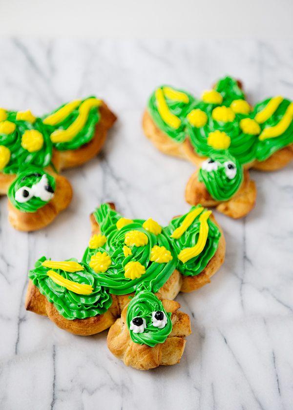 Sea turtle orange sweet roll treats...hmmm, I wonder if I can usurp the orange rolls christmas morning.