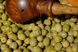 Despre fructe si legume: MASLINELE VERZI