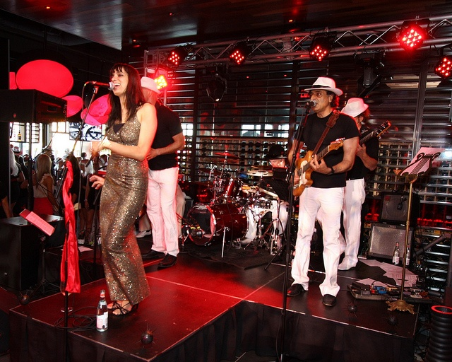 The Amazing Band! by Houston Avenue Bar & Grill, via Flickr