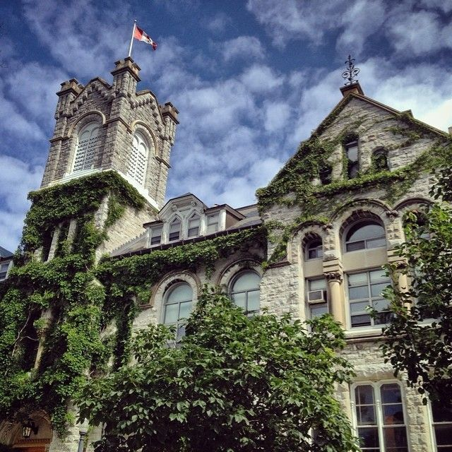 1000+ Images About Queens University
