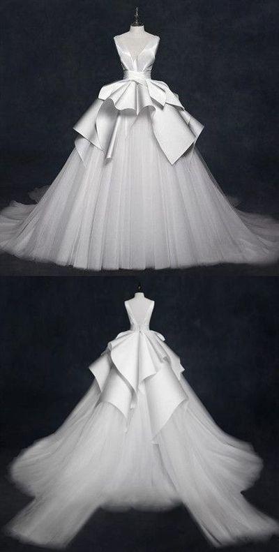 Ärmellose Fleck Brautkleider mit V-Ausschnitt, eine Linie Tüll Brautkleider
