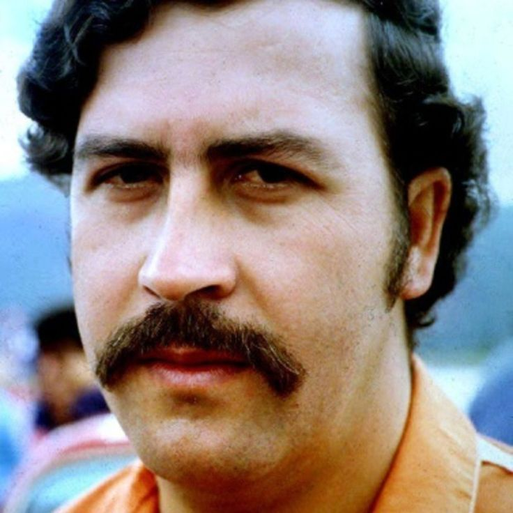 Biography.com follows the life of ruthless Columbian drug lord Pablo Escobar, whose involvement in the cocaine trade brought him fame, power and riches.