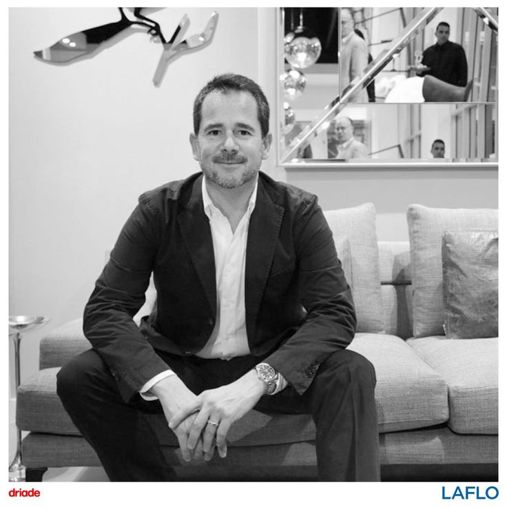 Gordon Guilaumier graduated in industrial designs at the IED, Milan in 1991. Afterwards he took a brief apprenticeship with Baleri Asscooiate in 1993, and in the same year he collaborated with Rodolfo Dordoni.  In 2002 Guilaumier set up his own design studio in Milan, where he work on product design, interior design and design consulting. As a consultant and art direction je collaborated with Driade, Dornbracht Interiors, Rational, Fiam's Lib'it Collection, Roda and Pamar.