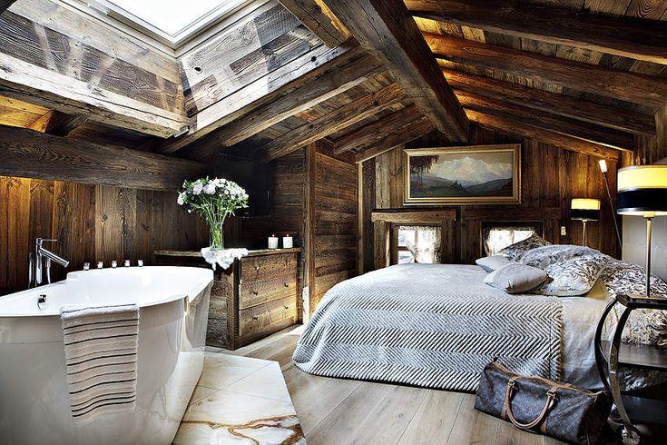 Bedroom suite at the Chalet Pashmina in Megève, France