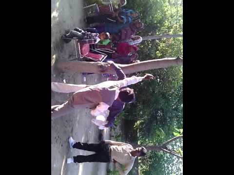 PUNJABI FUNNY BHANGRA BY DESI BABA DURING PARTY AT LUDHIANA - YouTube