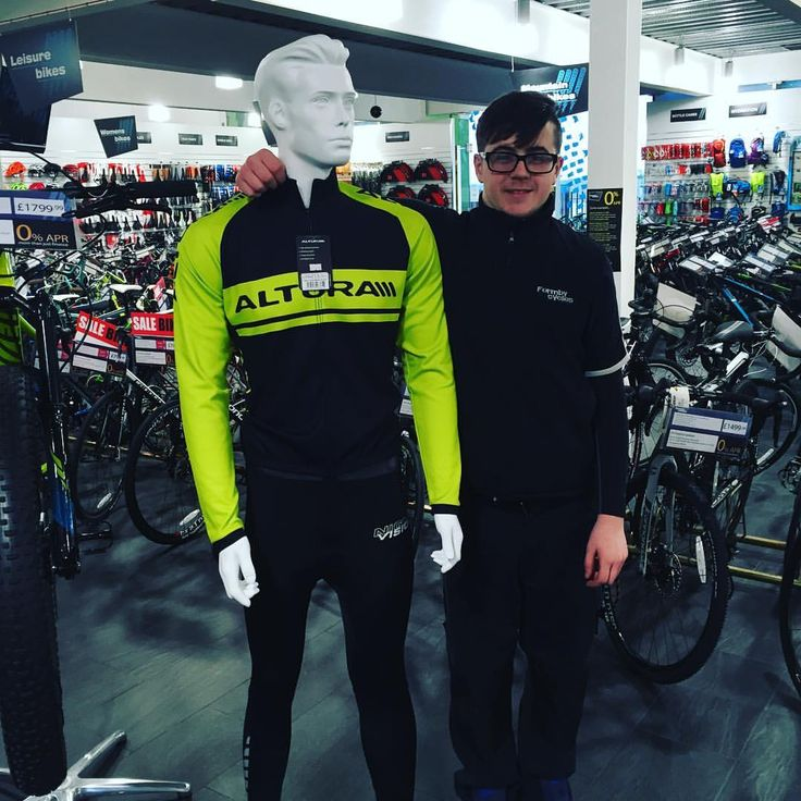Fancy a good old competition?! Come in to store and get a selfie with one of our manakins , post it on Instagram hash tag #formbycyclesselfie and mention us @formbycycles for a chance to be entered into a prize draw to win a £25 voucher to spend in store. We are running this competition till the end of March. Rules are simple - hashtag and mention us with the @ sign and formbycycles after it to win. #gottabeinittowinit #goodluck #enjoy #bike #selfie #cycle www.formbycycles.co.uk 01704835720