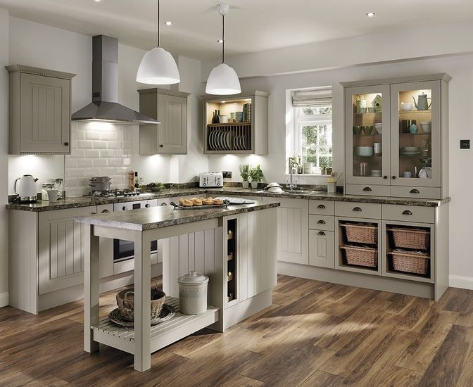The Burford Tongue & Groove Cashmere Shaker Style Kitchen from Howdens. The soft shades of this kitchen cabinet will enhance your traditional kitchen look. Take a look at Howdens for more kitchen ideas and inspiration.