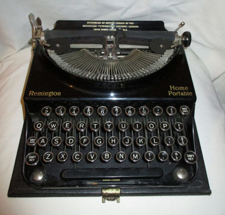 Vintage Remington Home Portable Cased Typewriter *Working* circa 1930