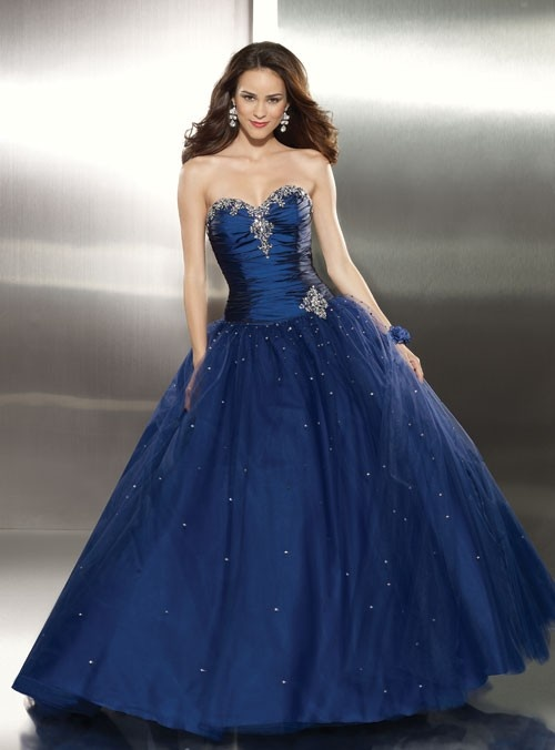 Beautiful prom dress.