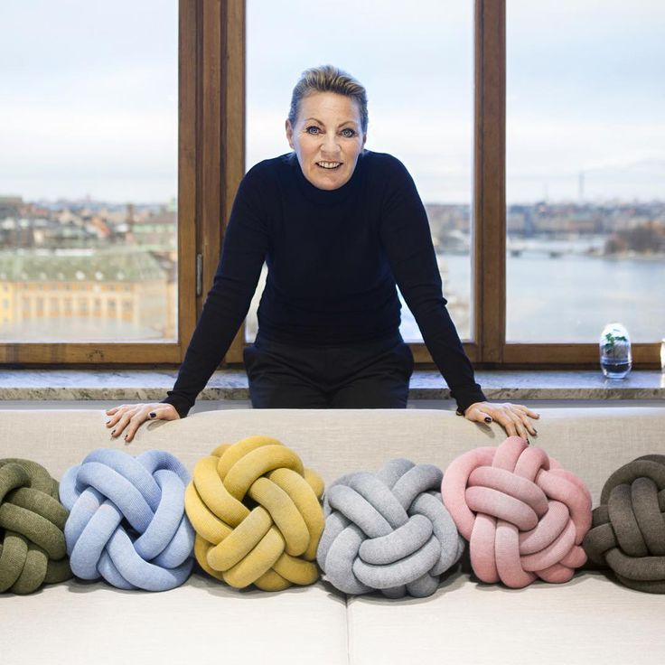 Our Dutch agent Joke van der Straaten with a full Knot cushion line up. #KnotCushion #Netherlands #ragnheidurospsigurdardottir #icelandicdesign