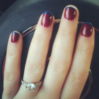 Since my nails were chippy, I add some navy blue polish to the tips for a French navy and wine manicure. What do you think?: Colors Combos, Color Combos