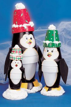 Flower pot penguins. I want to make these for our mantle :)