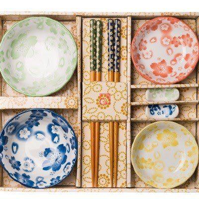 Conjunto p/servir, tigela, pires p/shoyu, hashi, suporte p/hashi, 8 peças, sakura dinner