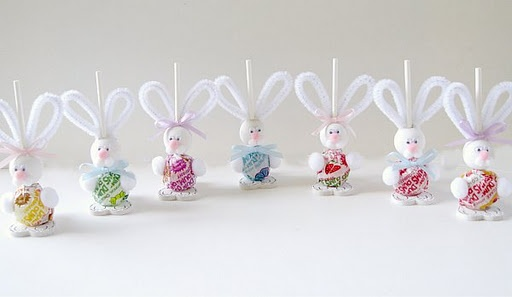 Dum Dums Easter Bunny! :) How flippin cute is this?!!!