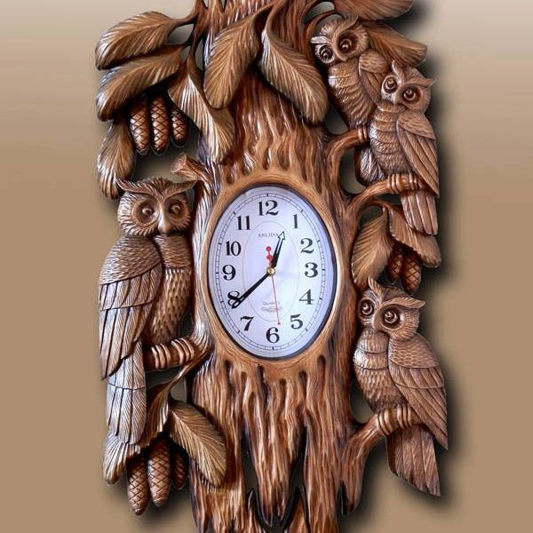 https://hmwoodenfigurines.com/product/wooden-wall-mounted-clock/