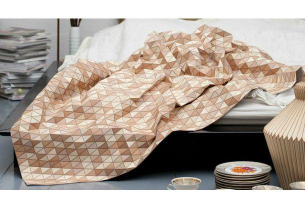 ギズモード・ジャパンより転載 : キャラクターもののフリースの毛布は、私の美意識に反するわ!」と思ったのかどうかは分かりませんが...