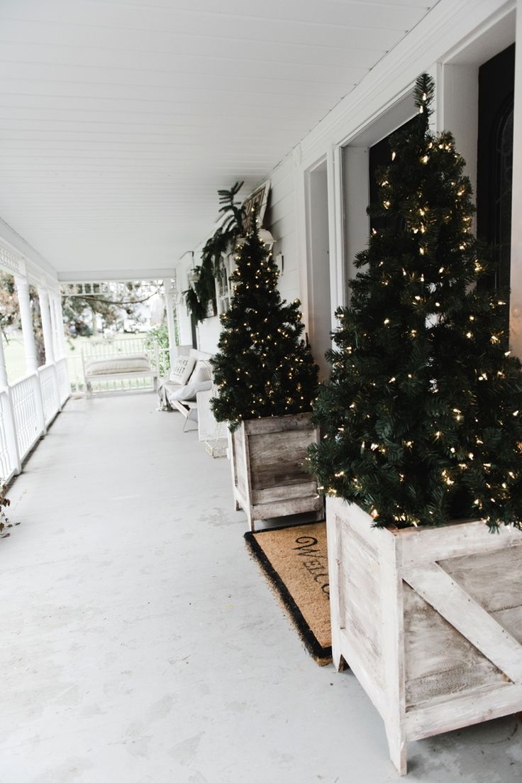 90 best Curb Appeal images on Pinterest | Christmas decor ...