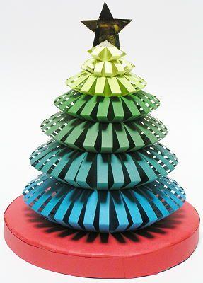 紙工作 クリスマスツリー 完成!