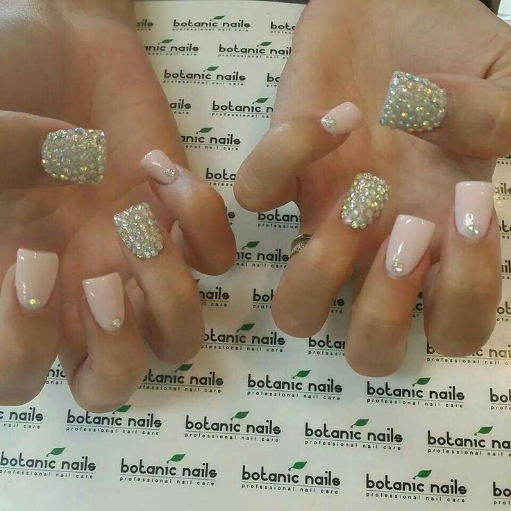Natural/bling nails