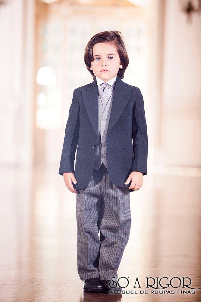 Terno meio fraque infantil. Moda para criança, roupa de festa para criança. #weeding #infantil #roupadefesta #terno #SoArigorBH