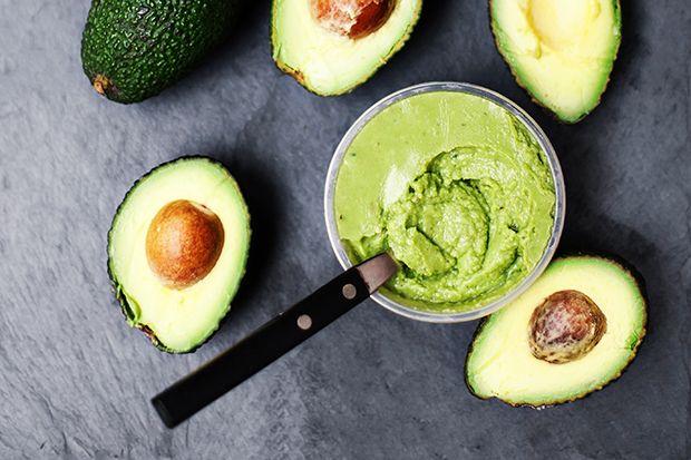 Superfrukten avokado! Ät den, drick den, gör en ansiktsmask eller en hårinpackning!